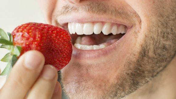 Implantes dentales en Madrid Centro: Cómo es el tratamiento