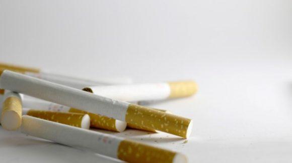 Cómo afecta el tabaco a los implantes dentales