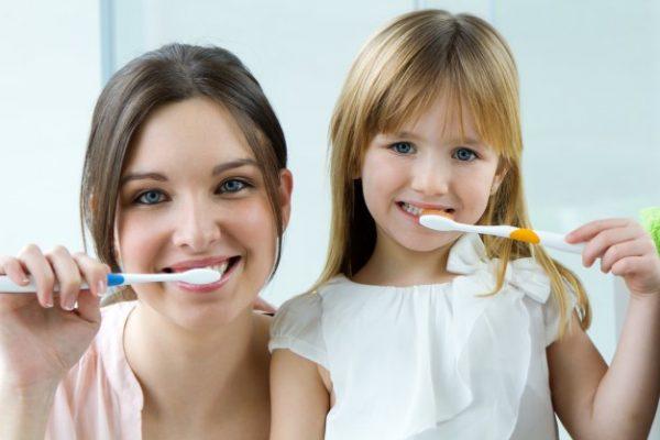 ¿Qué es la abrasión dental?
